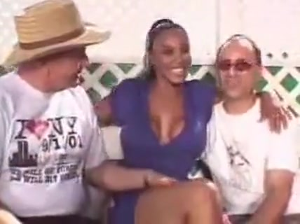 Cheating busty ebony MILF gets doubled-up hard close up extreme penetration big hairy pussy free tubes look 3