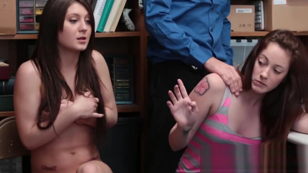 Tattooed girls slurping long boner First Time Building Xxx