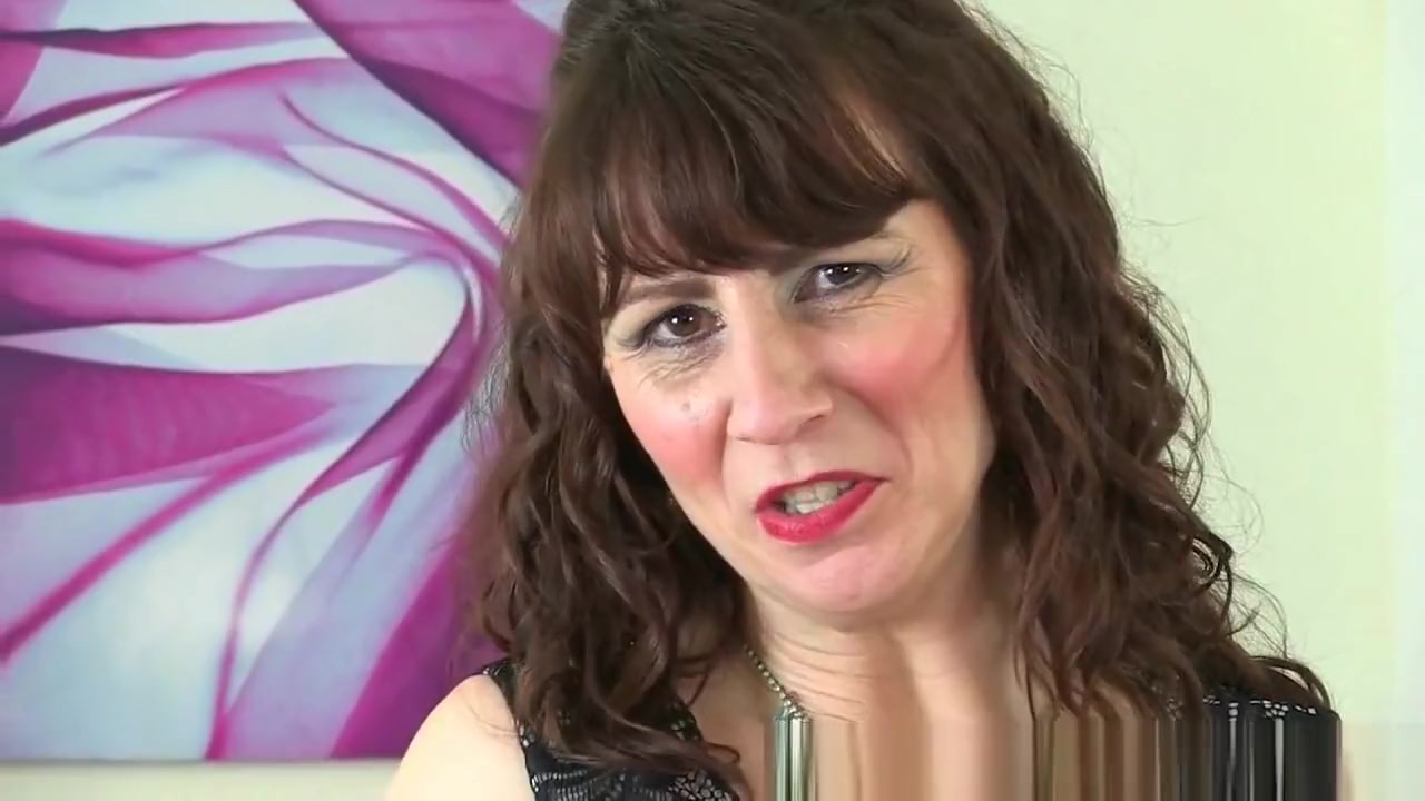 Scottish milf Toni Lace has got to rub her craving pussy mrs vogue sex teacher clips