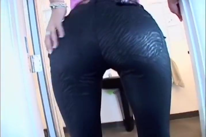 Skinny Blonde Sucks Cock Hard To Bang Her Pussy