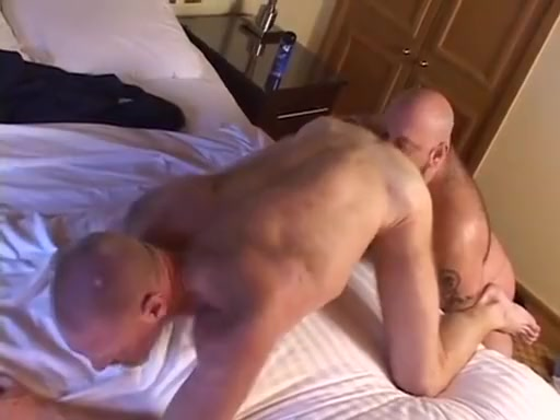Big Ben and the British Bears naked sexy booty dance