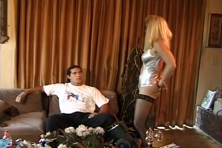 Blond Jessica Darlin Making Love With A Horny Guy