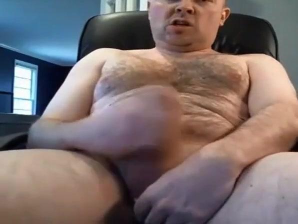Handsome hairy married guy wanking Lita wwe nude sex video
