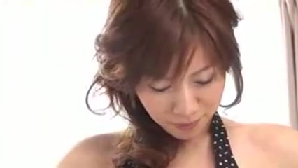 Aki Yato Japanese girls sex in public