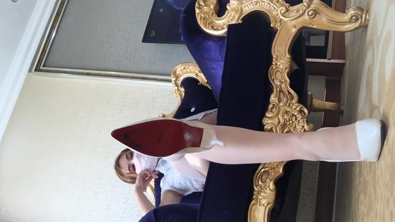 chinese foot femdom How to get a white woman