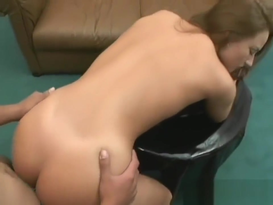 German bukkake (Who is she?) Chubby married milf sucking bbc