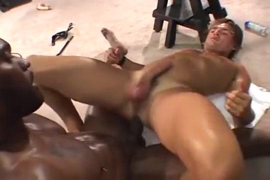 Barebacking w Jeff Palmer grandma with cute titties gets fucked guy half her age