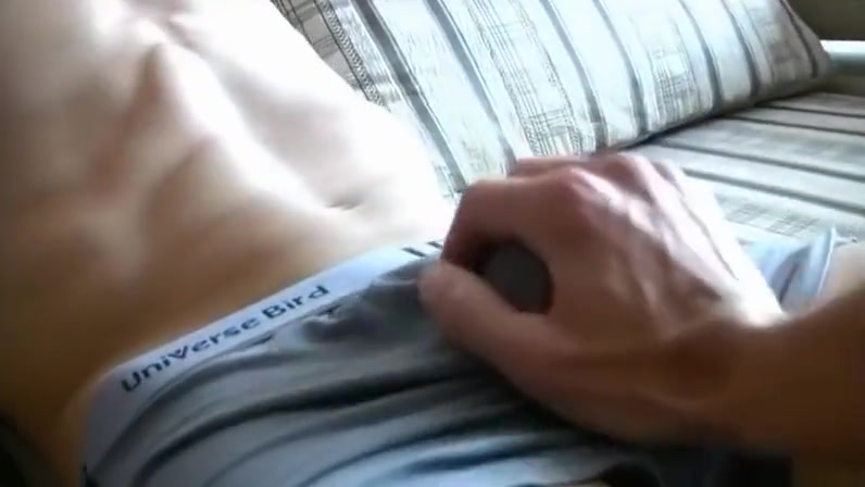 Juicy Straight Russian Beauty Submissive wanted by sugar daddy in Garoowe