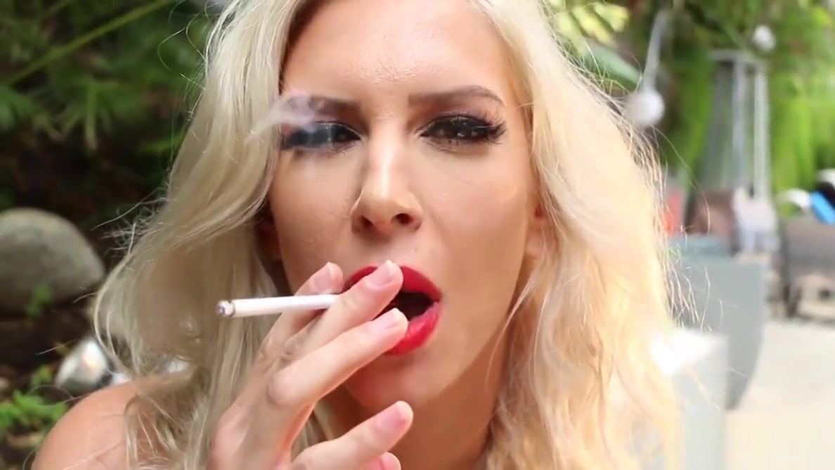 Blonde hottie Brooke smokes and masturbates outdoors can you have oral sex while pregnant