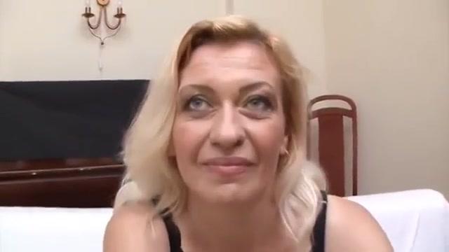 older woman fun 26 Naked female hidden cam