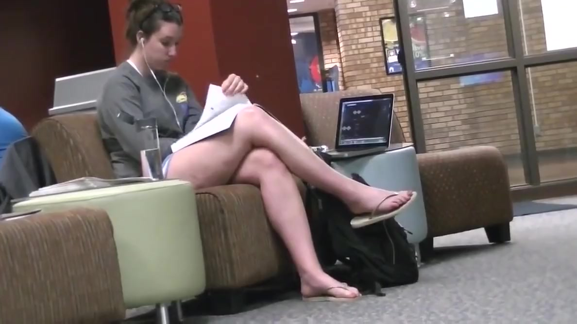 Candid Tall Brunette Feet & Legs at College Library Holland sex