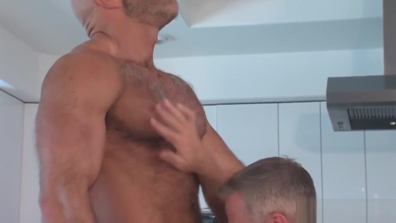 Gay buff bear nailing naket girls in trapolin