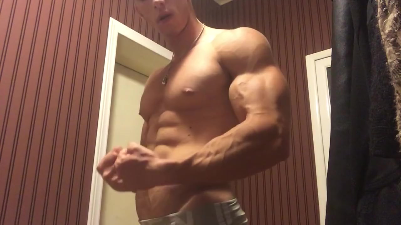 Alpha Muscle God Lifting and Flexing Fucking a black whore