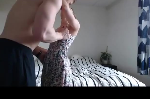 Tiny GF Gets Destroyed by Muscular guy Prostitute in Son Tay