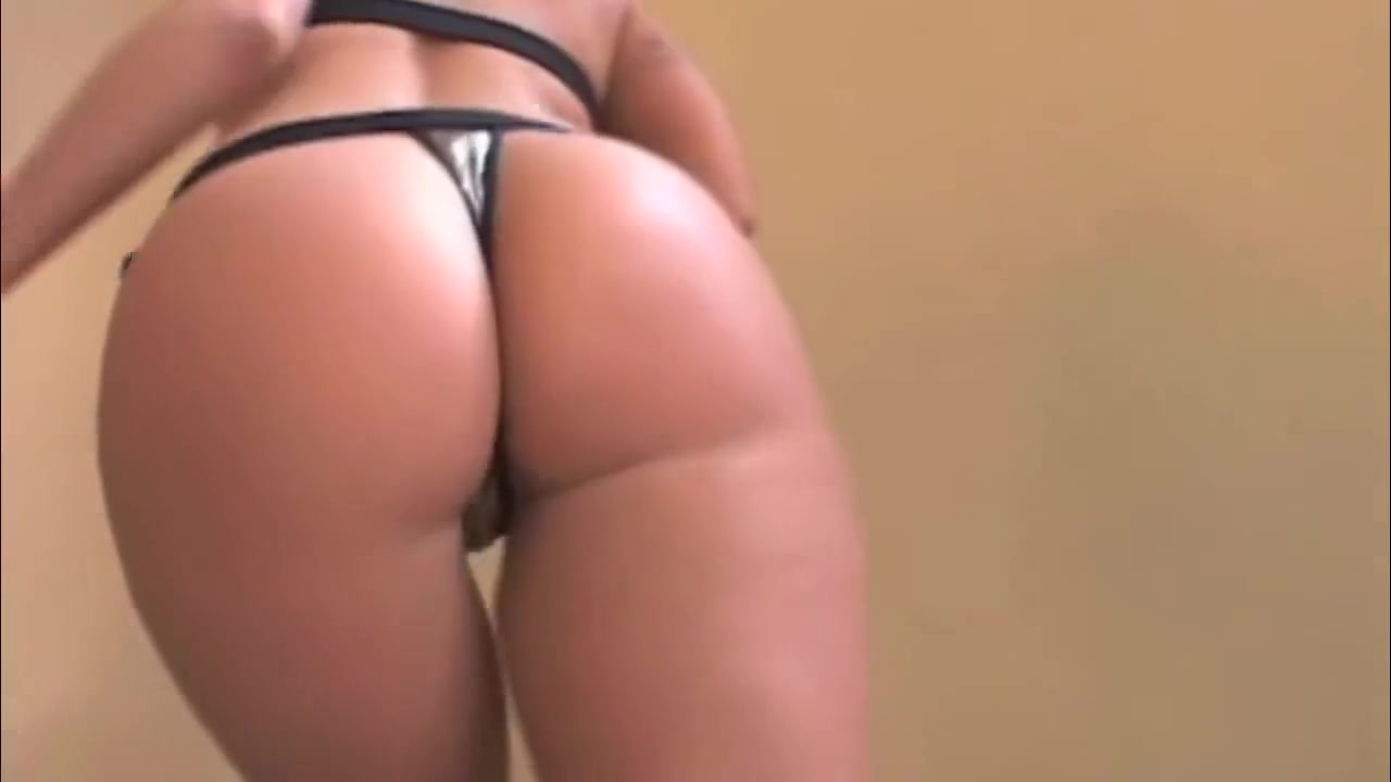 Perfect Brianna Love - Porn Music Video Big guy dating skinny girls in leggings and jordans