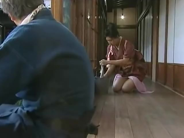 Asian cleaning lady fingering pussy by man