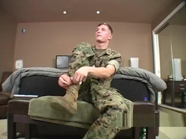 Us Marine Tom Doran Gets Head And Cums twinb cum video clips