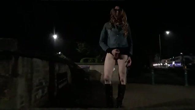 Crossdresser themidnightminx walk home wank young up close cum shots