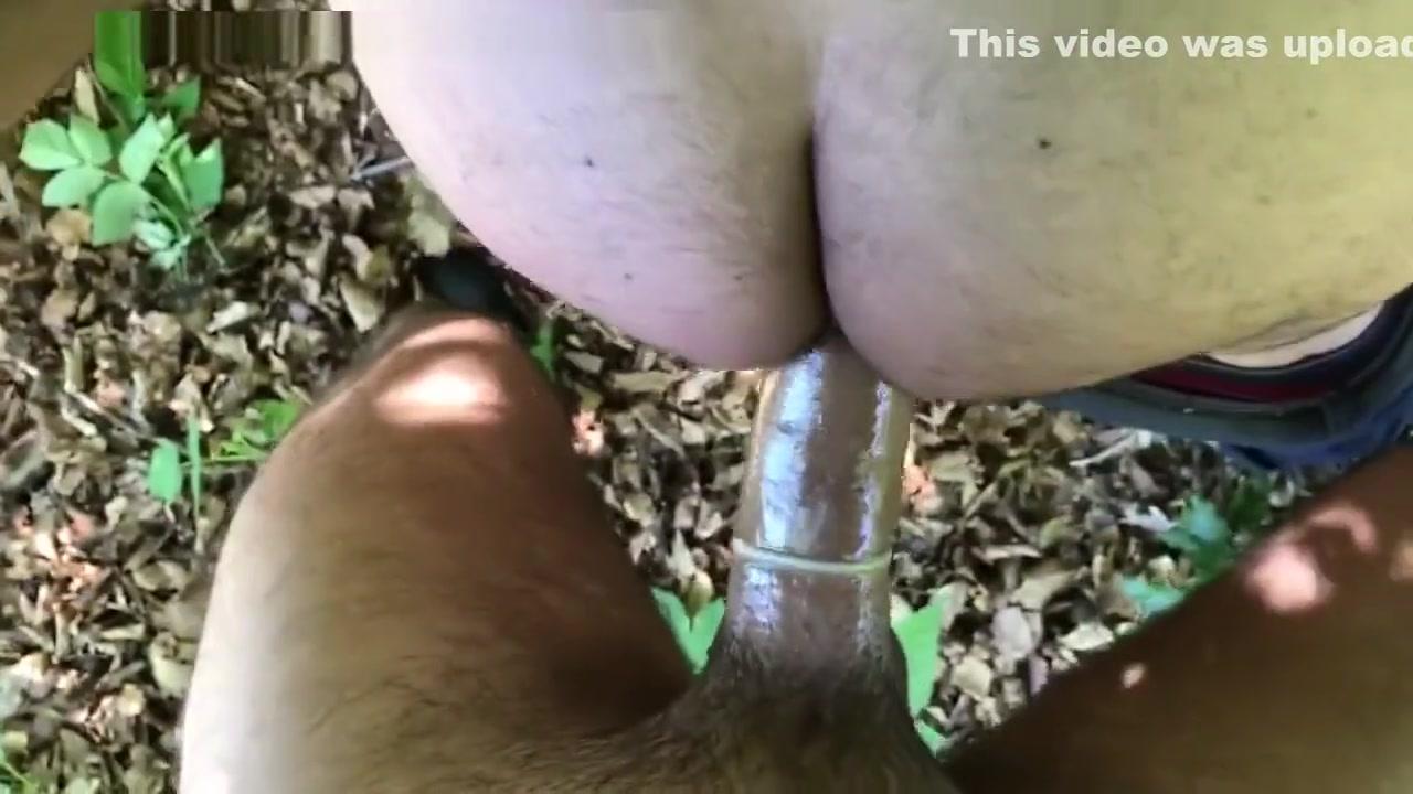 Lekker door giga Turkse lul in het bos geneukt Classy Milf Fucked Hard By Her Horny Stepson