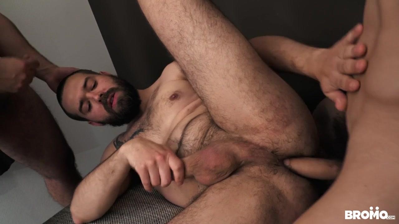 Luke & Peter Uman & Ray in Double Stuffed - Bromo Naked dare cum shot