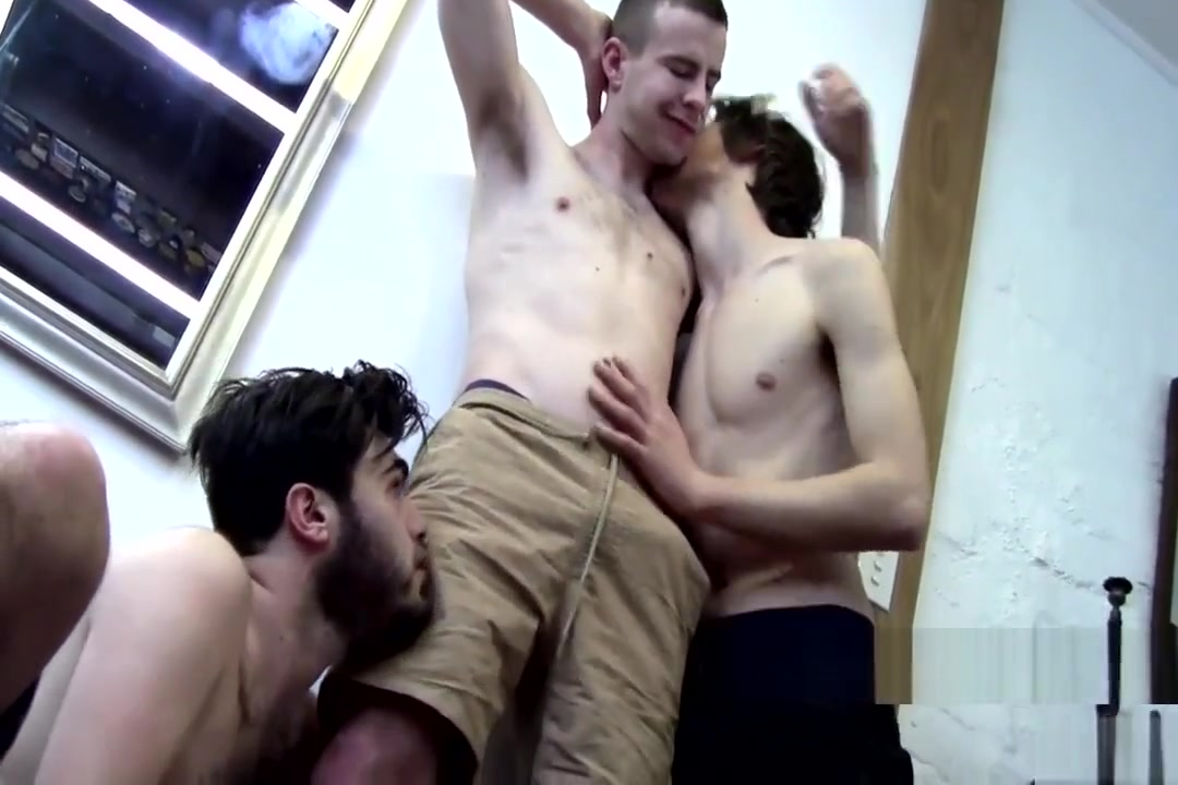 Aussie Amateur Threesome Public ebony blowjobs
