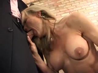 GERMAN MATURE TAKES IT UP ASS & PUSSY Fucking wife ass amateur