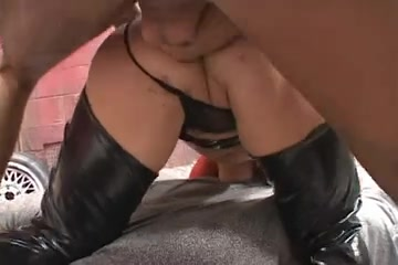 Sexy Dark Brown Cougar Pounded by 2 Boys- FMM Who has done the super bowl halftime show