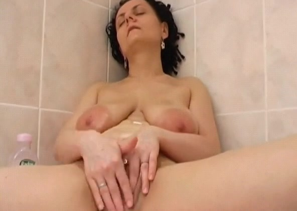 rub the cum-hole in washroom Hot chinese suck dick