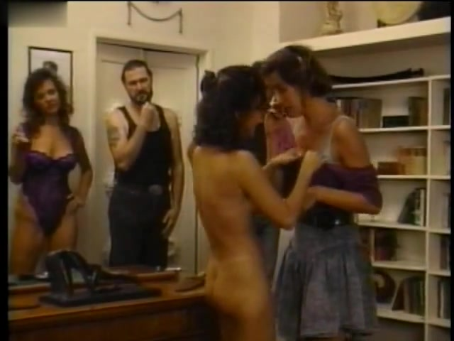 Maura Collins,Rene Creamer,Elizabeth Chambers,Twila Wolfe,Michelle Bauer in The Flesh Merchant (1993) rita faltoyano cumshot compilation part 2