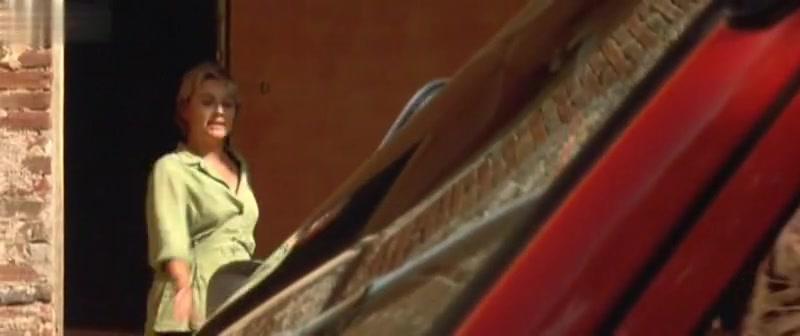 Liv Tyler,Rachel Weisz,SinA?ad Cusack in Stealing Beauty (1996) hentei porn em formato 3gp