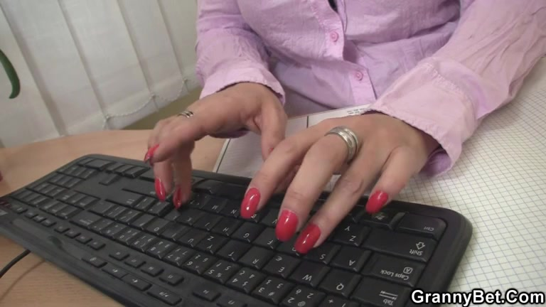 Nasty office lady bangs employee Hot clips high heels women resturant sex grayvee