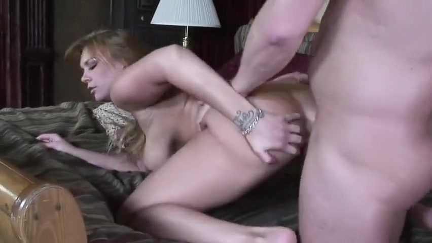 Jalyn Rose fucked by Alex Sanders middle aged experimental lesbian sex
