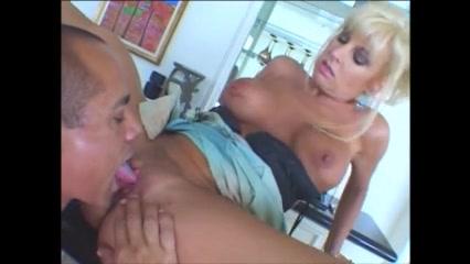 Blonde Milf XXX video