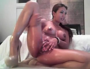 asian oiled toys cam