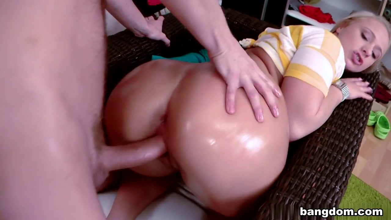 Fucking A Big Ass In Europe Hd Hard Sex Com