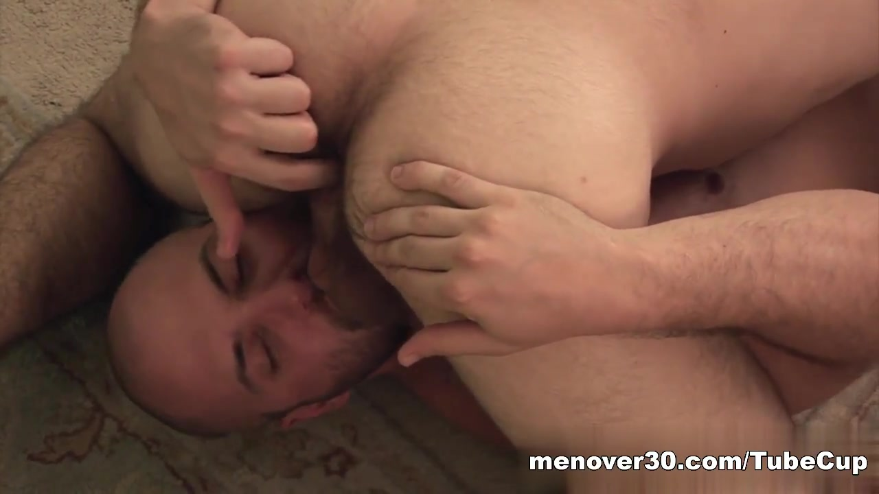 MenOver30 Video: The Erector Detector girls having sex hardcore